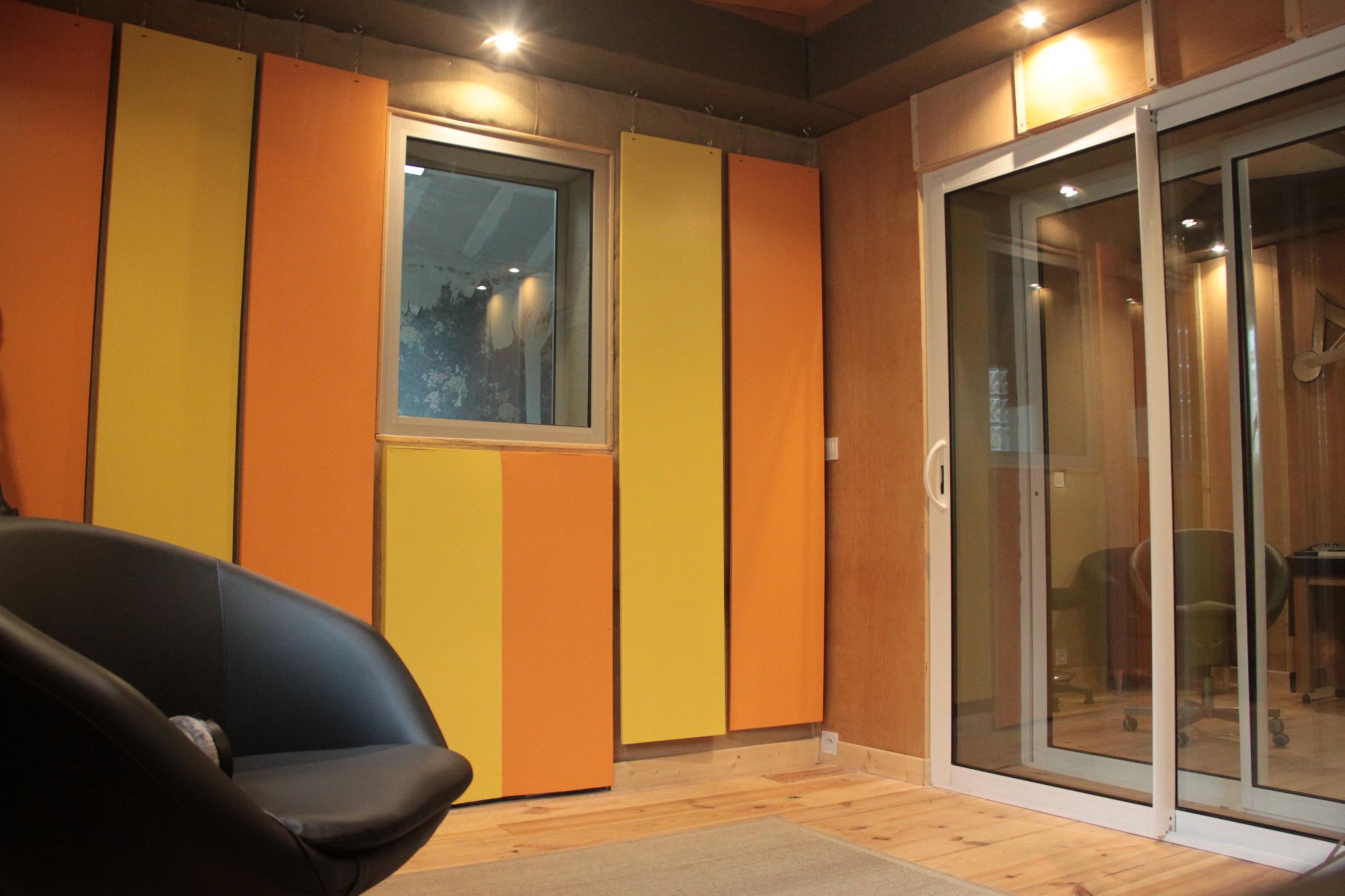 Cabine de prise de son du studio A La Ferme